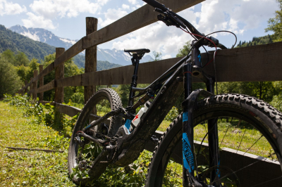 Прокат электровелосипеда ассистента Specialized Levo FSR 2018